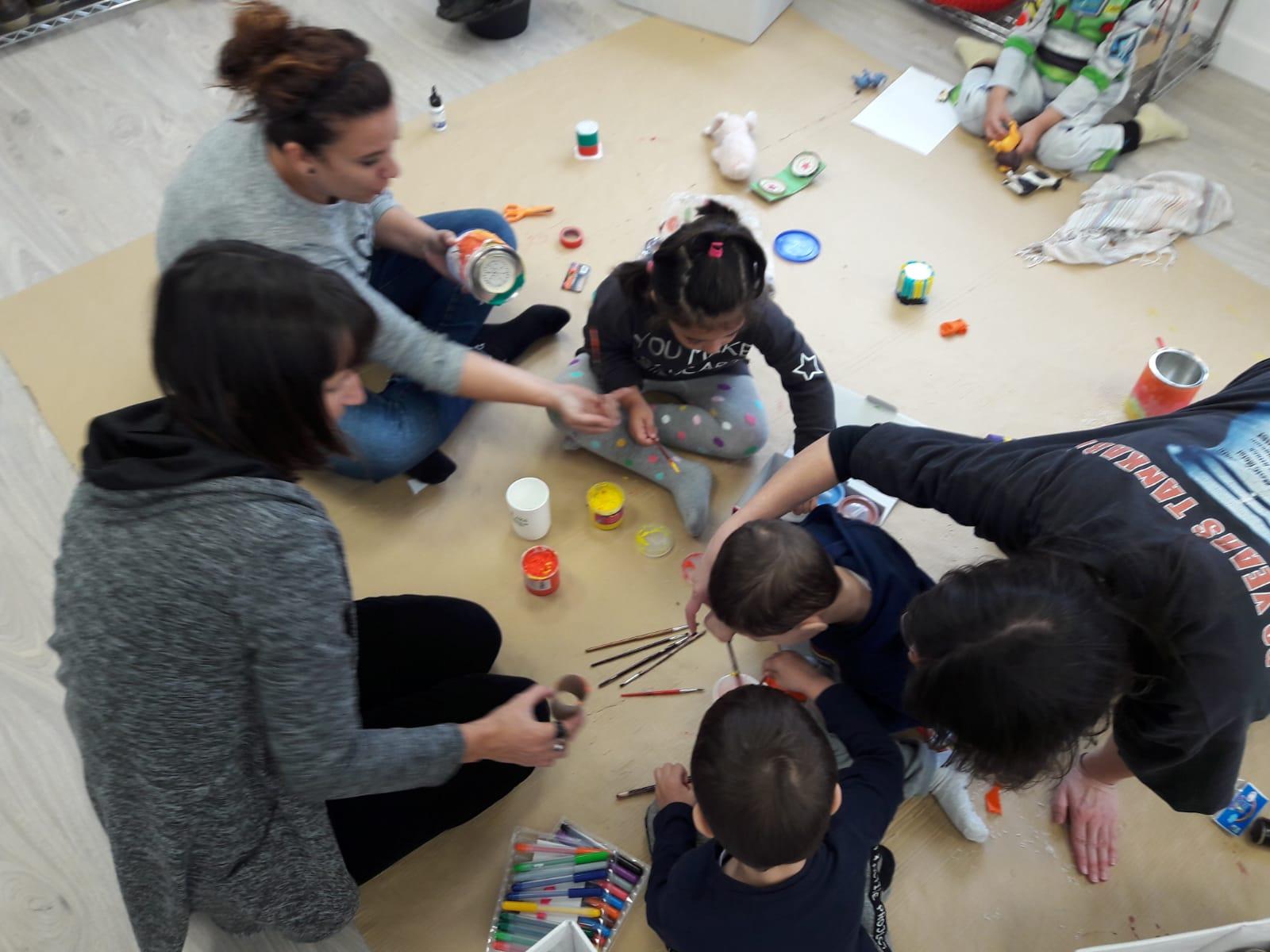 Terapias en familia y talleres inclusivos en para juventud y personas adultas
