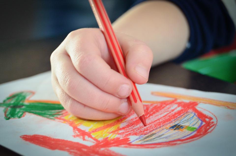 La nueva terapia que facilita el habla de los niños con autismo